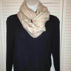 🦋Cream and pink infinity scarf